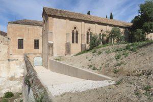 Exteriores de la Iglesia de San Dionisio