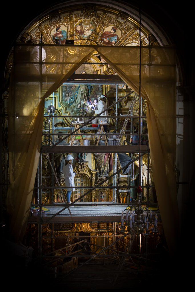 Restauración retablo de la Colegiata. Foto de Jorge Pastor